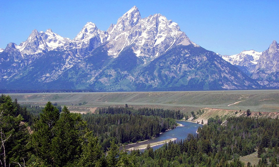 teton-mountain-range